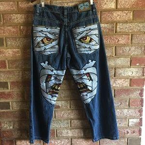 Evolution in Design embroidered jeans